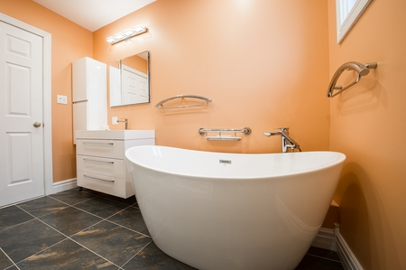 Bathroom renovation completed by our tiling expert in Bendigo with rustic finish floor tiles